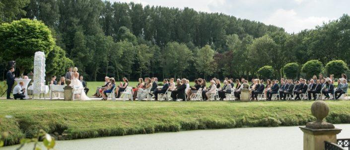 Freie Trauung von der Seite Location Schloss Möhler
