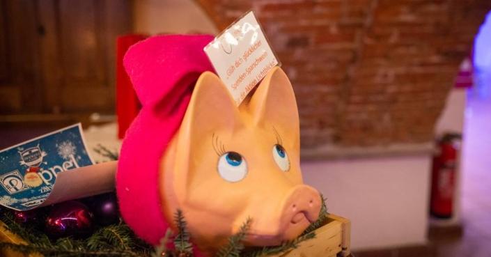 """Sparschwein für das """"Glüh dich glücklicher - Event"""