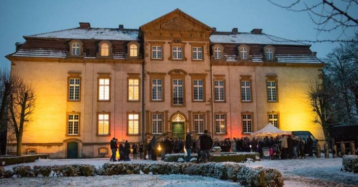 Lichtilluminationen am Schloss Möhler - 2. Weihnachtsmarkt