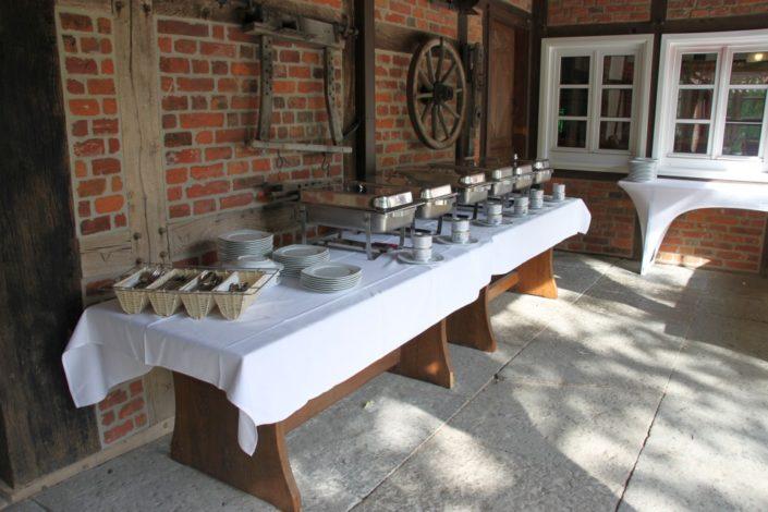 Grillbuffet am Gesindehuis auf Schloss Möhler