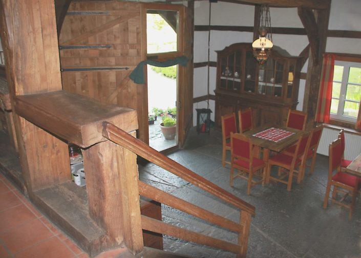 Partyraum mit Treppe auf Schloss Möhler