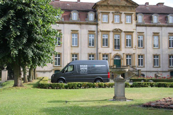 Simonswerk Roadshow auf Schloss Möhler