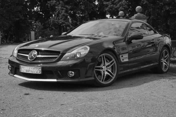 Mercedes vor Location Schloss Möhler
